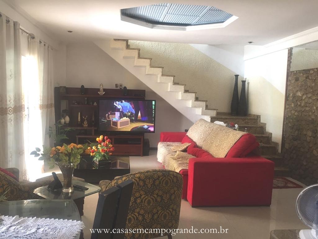 Campo Grande – Pina Rangel – Casa Duplex 2 Quartos/1 Suíte – 220m2 – Piscina/Churras/Quintal