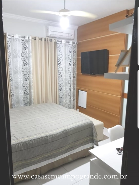 Campo Grande – Moinho – Casa Duplex 3 Quartos/1 Suíte com Closet – 140m2 – 2 Vagas