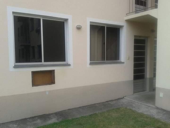 Apartamento em frente ao Colégio Miecimo da Silva