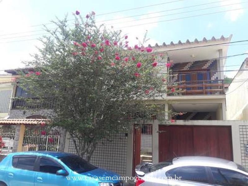 Campo Grande – Adriana – Casa Duplex 4 Quartos/1 Suíte – 200m2 – 2 Vagas – Docs OK