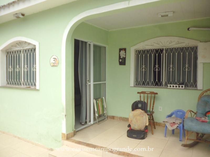 Campo Grande – Pq São Pedro – Casa Linear 2 Quartos/1 Suíte – 115m2 – 2 Vagas – Aceita Carta/FGTS