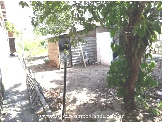 Bangu –  Av. Brasil – Terreno Plano com 450m2 (15×30) – Frente à Avenida