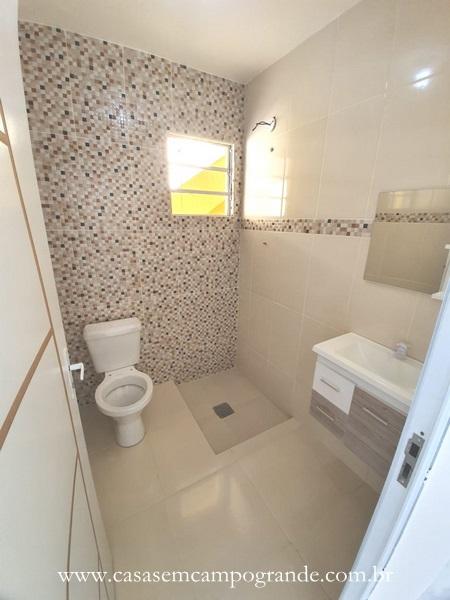 Campo Grande – Araújo – Casa Linear 3 Quartos – 220m2 – Terraço – Próxima West Shopping – Docs OK