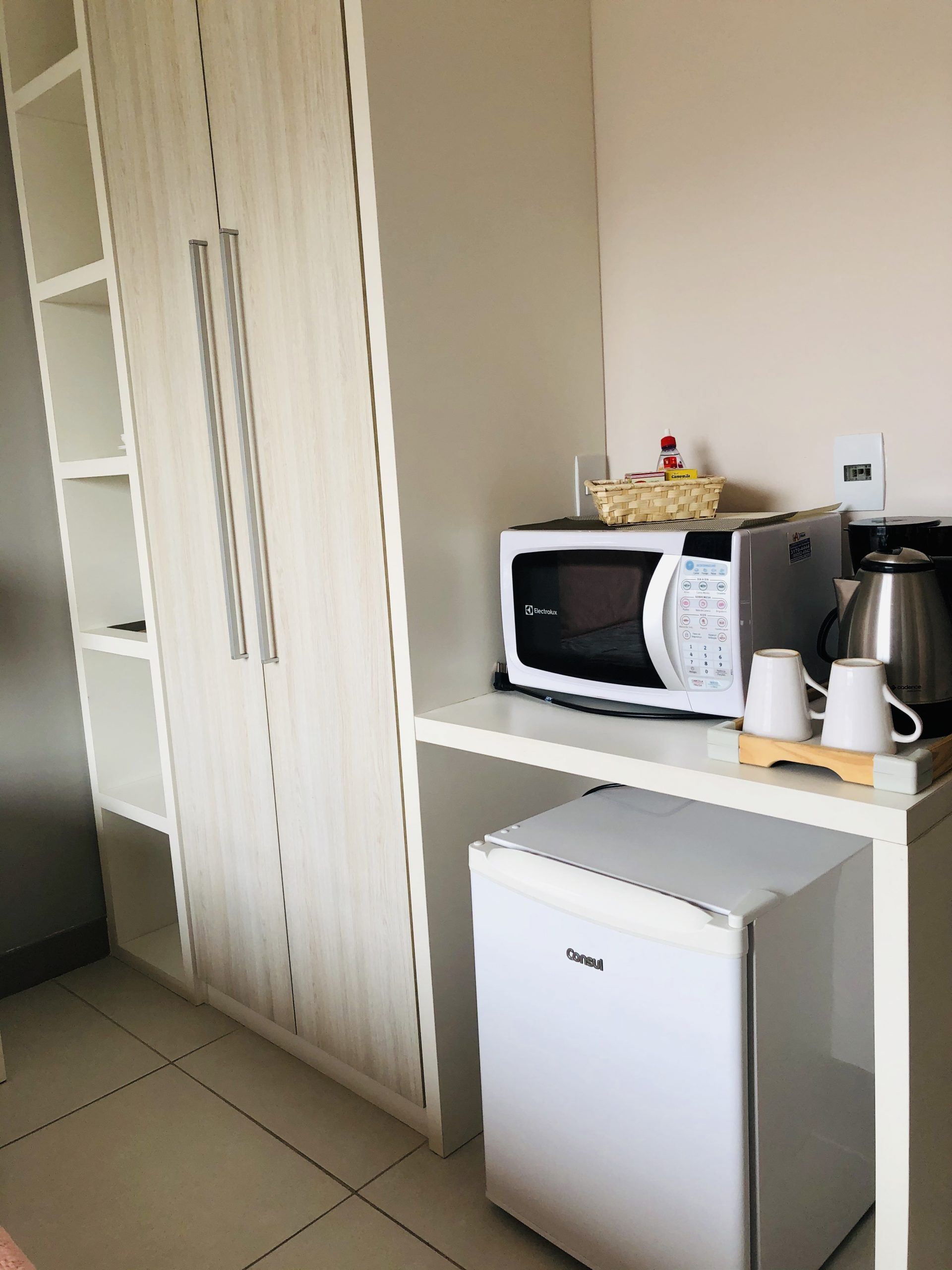 Flat mobiliado sem cozinha no Recreio