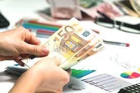 oferta de empréstimo sério entre indivíduo