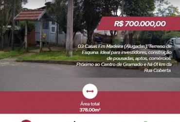 Terreno com 03 casas de madeira – Dutra – Gramado/RS