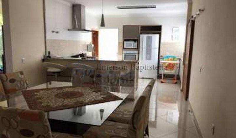 Casa a Venda no Residencial Itatiba Country Club  Itatiba SP