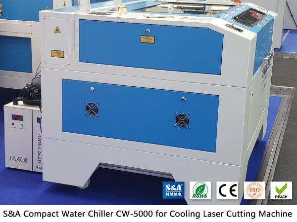 Pequeno resfriador de água CW5000 para cortador de gravador a laser de CO2