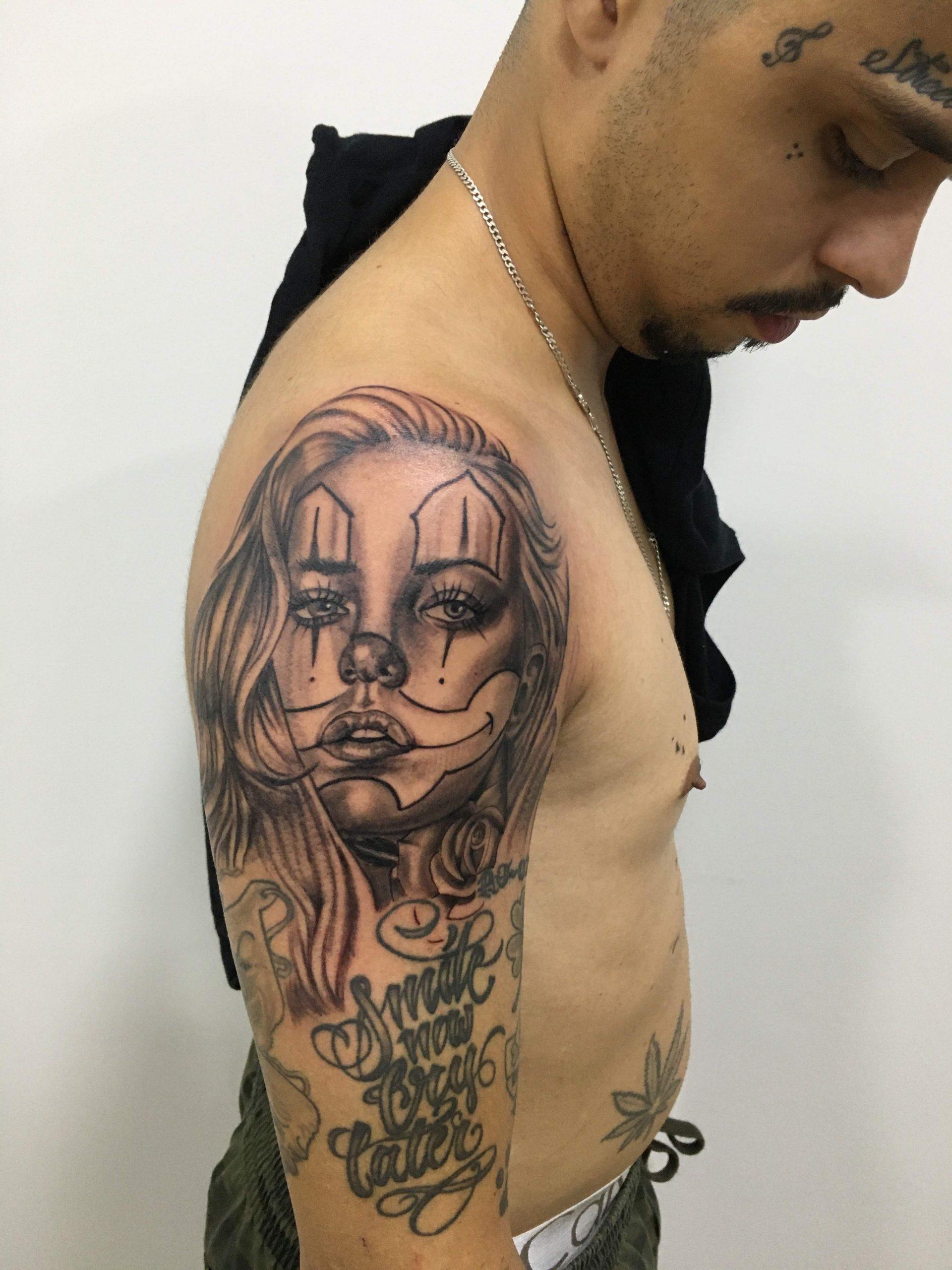 tatuagens masculinas no braço,(centro rio de janeiro ),smokedragon