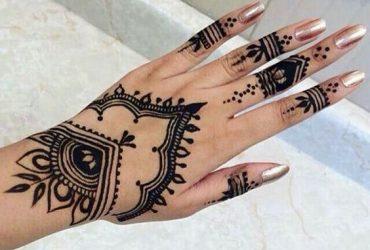 tatuagem temporária de henna no centro do rio ,(smokedragon )